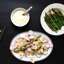 recept za salatu od krumpira sa šparogama i kuhanim jajima