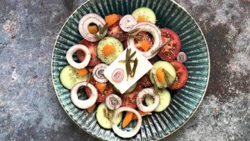 Recept za Grčku otočku salatu s motarom