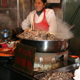 S noćnog marketa u Kini