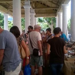 Tržnica l'Ile Rousse Korzika