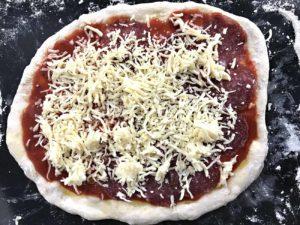 recept za domaće tijesto za pizzu i domaću pizzu