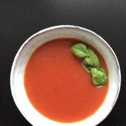 recept za domaću juhu od rajčica