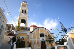 Maleno selo Olympos na otoku Karpathosu ima nekoliko crkvica i kapelica