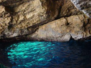 Modra špilja otok Biševo