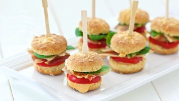 recept za mini hamburgere kao finger food na zabavama