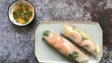 Recept za vijetnamske ljetne rolice (zamotuljke), poslužene s umakom