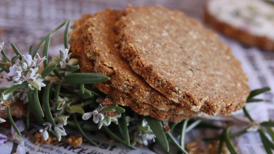 Paleo krekeri s bademima i origanom