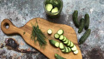 recept za ukiseljene krastavce na skandinavski način s koprom